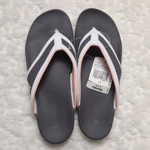 78631e3d7165a NWT Adidas Adilette Supercloud Flip Flops Pink 11 NWT